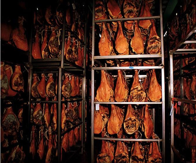 En el proceso de curación el jamón desarrolla su aroma y su sabor