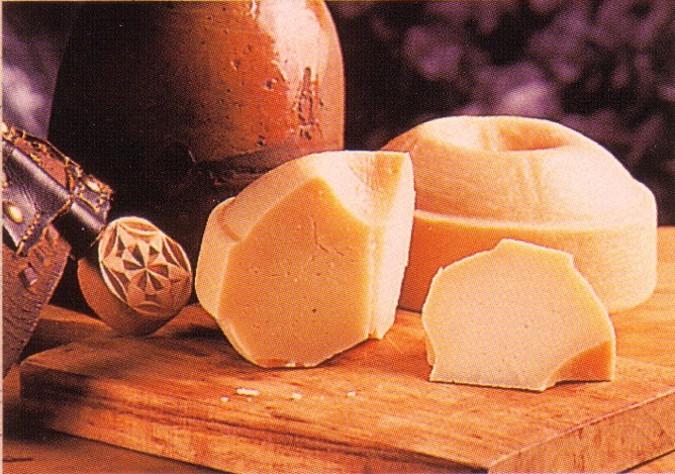 Quesos semicurados en www.sabor-artesano.com